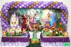 Yasmin Decorações - Temas 4th Birthday Cakes For Girls, Ball Birthday, 4th Birthday Parties, Tangled Movie, Tangled Party, Tangled Rapunzel, Rapunzel Birthday Party, Disney Princess Party, The Sims