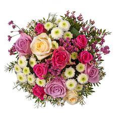 """Pflanzen-Kölle Blumenstrauß """"Liebe meines Lebens"""". Mit dieser gelungenen Komposition edler Rosen und faszinierender Lieblingsblumen verschenken Sie einen ganzen Strauß Zuneigung und Liebe."""