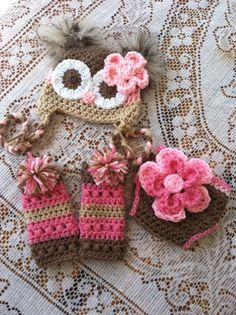 Newborn owl hat diaper cover and leg warmers  by MarysMoxee, So getting this for new baby girl Duran.