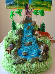 The Katy Perry Roar cake I want for my birthday from my auntie!  She is amazing! My aunt can do anything!