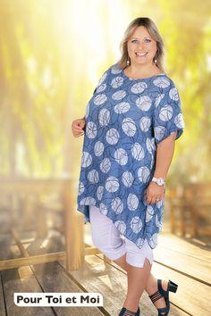 Tunique grande taille en lin. Longue et confortable pour un mode femme ronde Tunic Tops, Fashion, Plus Size Clothing, Curvy Girl Fashion, Dress Shirt, Long Tunics, Cotton, Moda, Fashion Styles