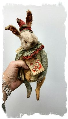 "Image of CIRCUS DAY - 7"" Old MULTI COLOR Clown Rabbit Hare * By Whendi's Bears"