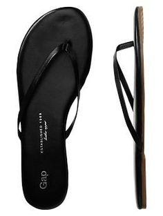 Leather flip flops | Gap in black or silver
