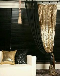 Gold, sparkles and black my perfect combination