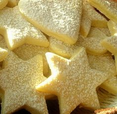 CITRONOVÉ HVĚZDIČKY Xmas Food, Christmas Sweets, Christmas Baking, Czech Desserts, Czech Recipes, Baking Cupcakes, Sweet Recipes, Cookie Recipes, Food And Drink