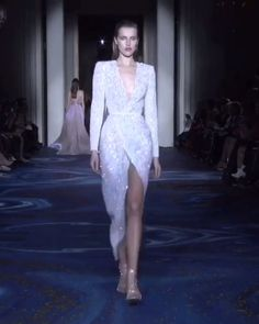 Stunning Embroidered Slit Wrap Sheath Evening Dress / Long Gown with Deep V-Neck Cut and Long Sleeves. Collection Spring Summer 2019 by Zuhair Murad Couture Elegant Dresses, Pretty Dresses, Beautiful Dresses, Haute Couture Dresses, Haute Couture Fashion, Runway Fashion, Fashion Show, Dress Outfits, Fashion Dresses