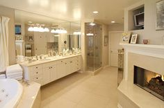 kris jenner Bathroom | The Jenner-Kardashian Clan in Hidden Hills, Estate of the Day