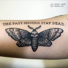 "128 curtidas, 3 comentários - Paula Rueda - Tattoo Artist (@pueda_ink) no Instagram: ""Death Moth"""