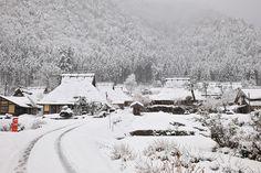 Miyama Snow In Japan, Kyoto Japan, Japan Fashion, Four Seasons, Day Trip, Art World, Winter Wonderland, Cool Photos, Travel Destinations