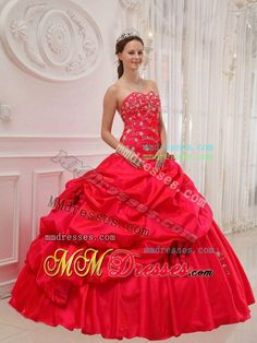 2013 Red Ball Gown Sweetheart Long Taffeta Appliques Quinceanera Dress
