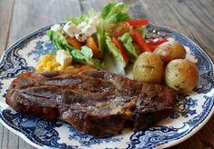 Monicas Matverden: Langstekte nakkekoteletter Baked Pork Chops, Oven Baked, Food To Make, Steak, Food And Drink, Baking, Dinner, Vegetables, Recipes