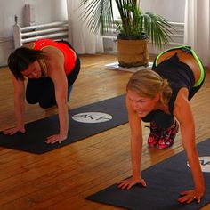 Top 5 AMAZING 10-minute workout videos from @POPSUGAR Fitness