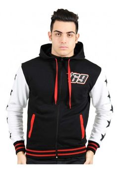 Nicky Hayden sweatshirt to celebrate the great American rider's return to superbike. Men's black sweatshirt with adjustable hood, with red details on the side pockets, cuffs and waist. American stars embroidered on the white sleeves. The Nicky Hayden race number 69 is printed on the left side of the chest, and Motor of America GP Riders Club graphics are printed on the back.