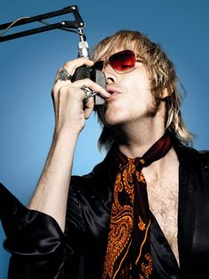 Rhys Ifans as DJ Gavin Kavanagh in *The Boat That Rocked*