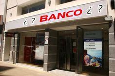 Capítulo 13 «El número veinte de la calle Gustavo Adolfo Bécquer era... un banco.» (p. 103) Ese es la primera vez que ellos saben que era un banco.