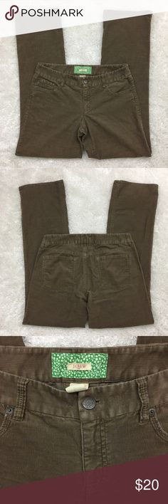 """J. Crew Women's Bootcut Corduroy, Stretch, Tan, 8R J. Crew Factory women's bootcut corduroy Soft and stretchy in tan color. Style 96045  Fabric is 99% cotton and 1% spandex. Machine washable.  Size 8R Waist 16.5"""" Rise 8.5"""" Seam 31"""" Approximate only.  Great condition.  No stains or holes.  Freshly washed.  Stored in a smoke and pet free household.  Please see all pictures in details or ask any questions to avoid return.  Check out my store for other items on sale! J. Crew Factory Pants Boot…"""