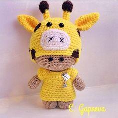 Amigurumi Minik Bebek Nasıl Yapılır? 7 Diy Crochet And Knitting, Crochet Videos, Cute Crochet, Knitting Toys, Amigurumi Patterns, Amigurumi Doll, Doll Patterns, Clothes Patterns, Dress Patterns