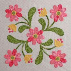 25 best ideas about applique quilts on Free Applique Patterns, Applique Tutorial, Hand Applique, Machine Applique, Applique Designs, Quilting Designs, Embroidery Designs, Applique Templates, Felt Patterns