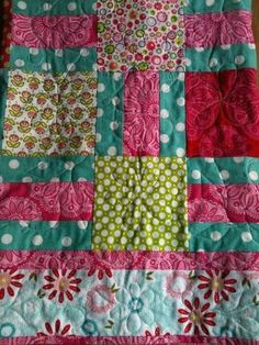 LOVE this quilt for a little girl!!