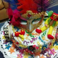 Torta carnaval para la persona divertida con espíritu de niño.