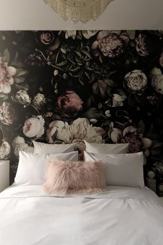 100 best ideas about floral bedroom on they design floral bedroom for floral bedroom 2017 Decorating Trends with Floral Sofas in Style Elegant Floral Bedroom Read Floral Sofa, Floral Bedroom, Bedroom Decor, Bedroom 2017, Bedroom Ideas, Kids Bedroom, Master Bedroom, Gothic Bedroom, Bedroom Bed