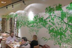 Décor poétique pour le restaurant Manora à Genève