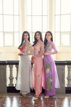 Vietnamese Traditional Dress, Vietnamese Dress, Traditional Dresses, Indian Western Dress, Western Dresses, Long Dress Fashion, Fashion Dresses, Women's Fashion, Asian Woman