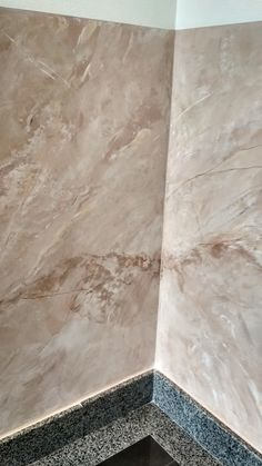 Marble Vinyl, Marble Wall, Marble Painting, Faux Painting, Venetian Plaster Walls, Polished Plaster, Architecture Details, Furniture Makeover, Wall Art Decor