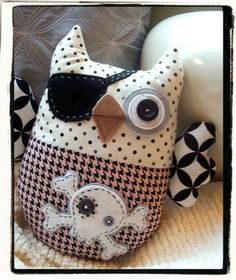 Pirate owl stuffy - such imagination this Etsy seller has --- she sells, amongst other owl designs, pirate owl stuffies, LOL!!!  (Finished items for sale - no patterns available)