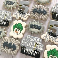 Batman Cookies, Cookies For Kids, Iced Cookies, Cookie Designs, Childrens Party, Decorated Cookies, Cookie Decorating, Icing, 30th