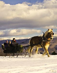 Merry Christmas! #Jetsetter Daily Moment of Zen: Trapp Family Lodge in Stowe, #Vermont