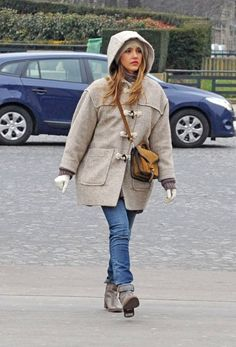 Jessica Alba street style in Paris