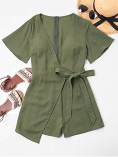 Summer No Bowknot Solid Short Plunging Regular Casual Daily Low Cut Overlap Romper Summer No Bowknot Solid Short Plunging Regular Casual Daily Low Cut Overlap Romper Casual Beach Outfit, Casual Outfits, Cute Outfits, Fashion Outfits, Curvy Fashion, Trendy Fashion, Fashion Black, Festival Looks, Overall