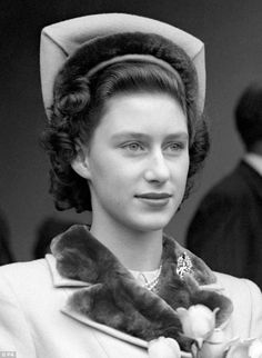 How Princess Margaret roughed it with only four courses and no caviar: Papers reveal modest tastes of Queen's sister | Mail Online