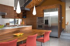 House family Is one of the projects of the architect Kevin deFreitas . Is a House of medium size Surrounded Kitchen Table Bench, Wood Kitchen Cabinets, Modern Interior, Home And Family, Floor Plans, Flooring, How To Plan, House, Inspiration