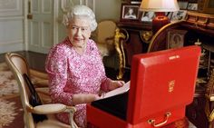 God Save The Queen ! Long Live The Queen !  September 9th 2015 -- Longest reigning British monarch