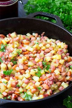 Give this classic Swedish dish a try. So easy and quick to prepare at home. For every spoonful youll gett sausage ham bacon and of course potatoes! Great for breakfast brunch lunch or even dinner. Swedish Cuisine, Swedish Dishes, Swedish Recipes, Swedish Foods, Veal Recipes, Lamb Recipes, Healthy Recipes, Healthy Breakfasts, Potato Hash