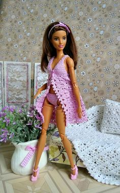 doll dress patterns Barbie clothes Robe and panties Dress GalactikaMagicThread: Barbie fashion doll dress crochet Crochet Barbie Patterns, Crochet Barbie Clothes, Doll Clothes Barbie, Doll Dress Patterns, Barbie Dress, Crochet Dolls, Barbie Costume, Barbie Wardrobe, Frack