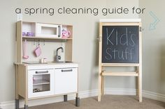 A great guide to Spring Cleaning Kid's Stuff via A Real-Life Housewife