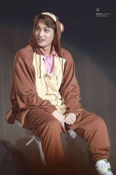 Kai - 160319 Exoplanet #2 - The EXO'luXion [dot]Credit: B1ueJeans.