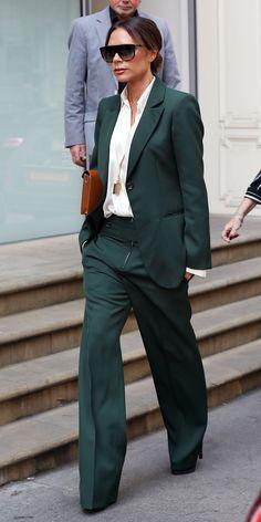 #VictoriaBeckham #Suit #StreetStyle