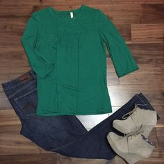 Fossil Green Eyelet Top M This listing is for a Fossil green eyelet top. Size Medium. Fossil Tops Blouses