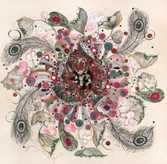 A designer têxtil Louise Gardiner mistura tinta, apliques, nanquim e maquina de costura em seus incríveis figurinos. http://www.lougardiner.co.uk/index.html