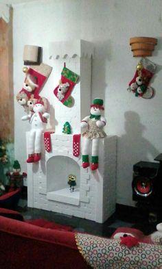 chimenea en cartón navideña