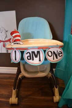The Cat in the Hat Birthday Party Ideas | Photo 4 of 28 | Catch My Party