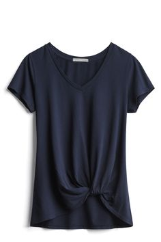 Threads 4 Thought - Aisha Knot Front Cotton Blend Knit Top. I like the style and color of this tee. Mode Style, Style Me, Casual Outfits, Fashion Outfits, Fashion Ideas, Stitch Fix Outfits, Stitch Fix Stylist, Style Challenge, Couture