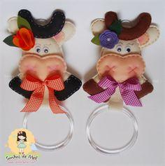 Sonhos de Mel 'ੴ - Crafts em feltro e tecido....cute cows