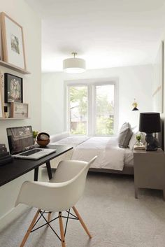 Choose from the largest collection of Furniture Design & Decorating Ideas to add style at home/office. Discover best Furniture inspiration photos for renovate, here. Home Office Bedroom, Home Office Space, Bedroom Workspace, Office Nook, Wicker Bedroom, Bedroom Chair, Bedroom Decor, Airy Bedroom, Wicker Couch