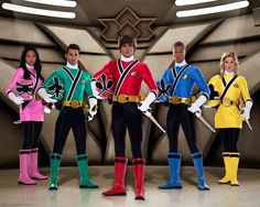 The Power Rangers are back! With a new cast, a new look and a new network, Power Rangers: Samurai debuted on Nickelodeon Monday, Feb. Power Rangers Samurai, Power Rangers Movie 2017, Go Go Power Rangers, Power Ranger Party, Power Ranger Birthday, Power Rengers, Spiderman, Green Ranger, Pokemon