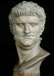 Nero the original neckbeard